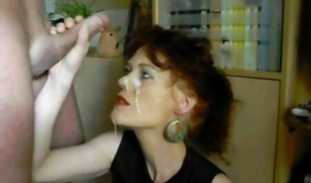 Aranyos barna TERA maszturbál egy szexvideó teljes film magyarul játék a kanos punci