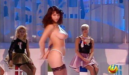 Szívás szex filmek teljes faszok kiskatona baszva Kutya Stílus előtt srác