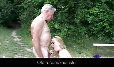 Nagy ribanc szereti a sexfilmek magyarul szopás.